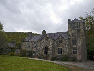 Pen-y-Bryn-Aber Manor House in Wales